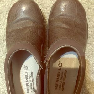 Merrell Select size 5 brown leather shoes